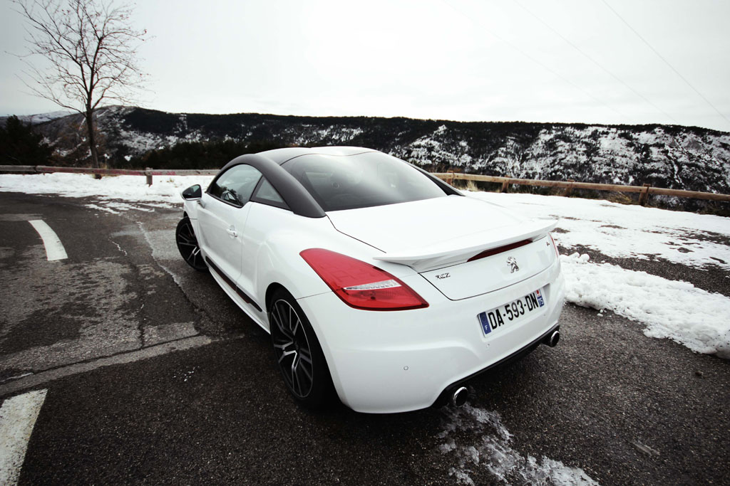peugeot rczr white test drive rcz r nice bemoreimpulsee. Black Bedroom Furniture Sets. Home Design Ideas