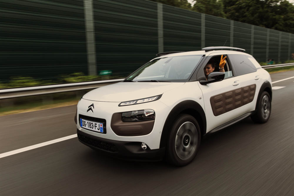 brand new citroen c4 cactus _ test drive with air bump